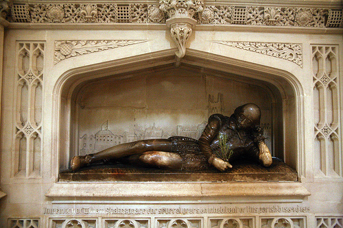 shakespeare_statue_southwark_cathedral